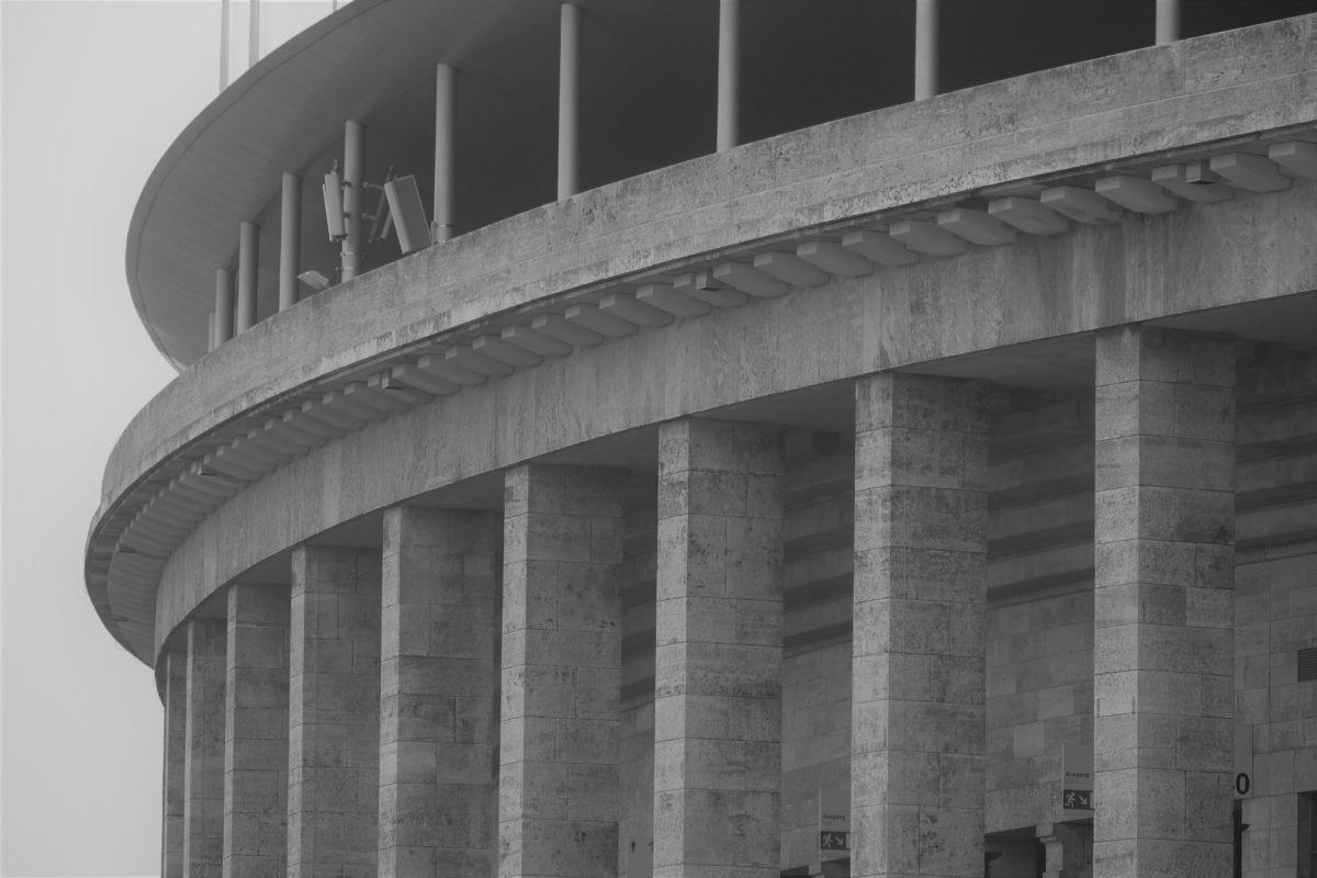 Olympiastadion mit Glockenturm 1