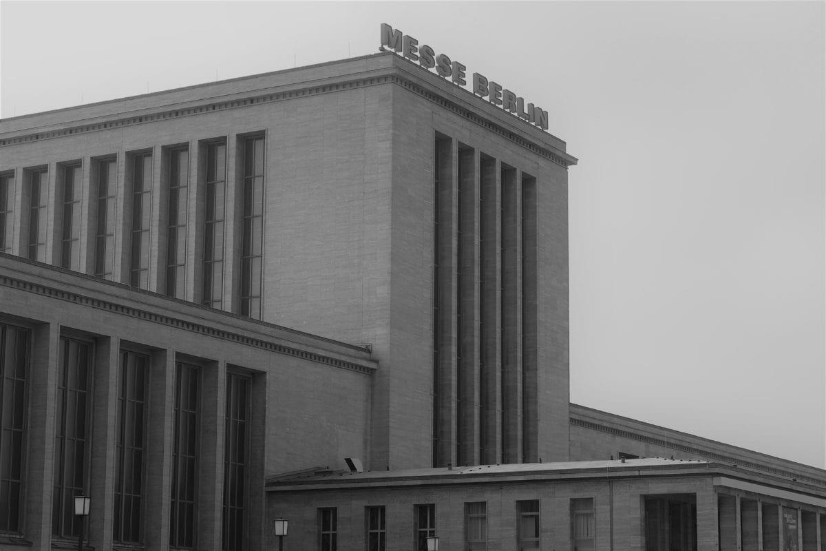 Funkturm mit Messe Berlin 2