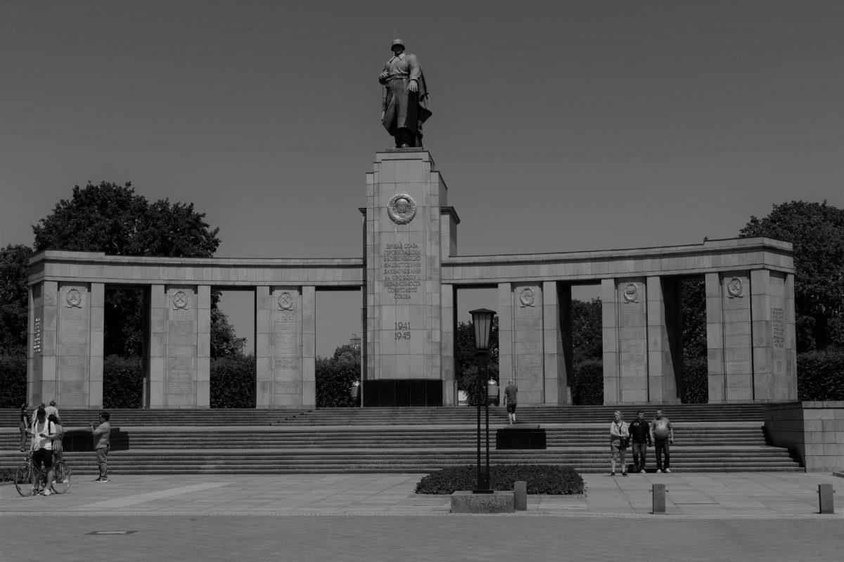 Sowjetisches Ehrenmal Tiergarten 2