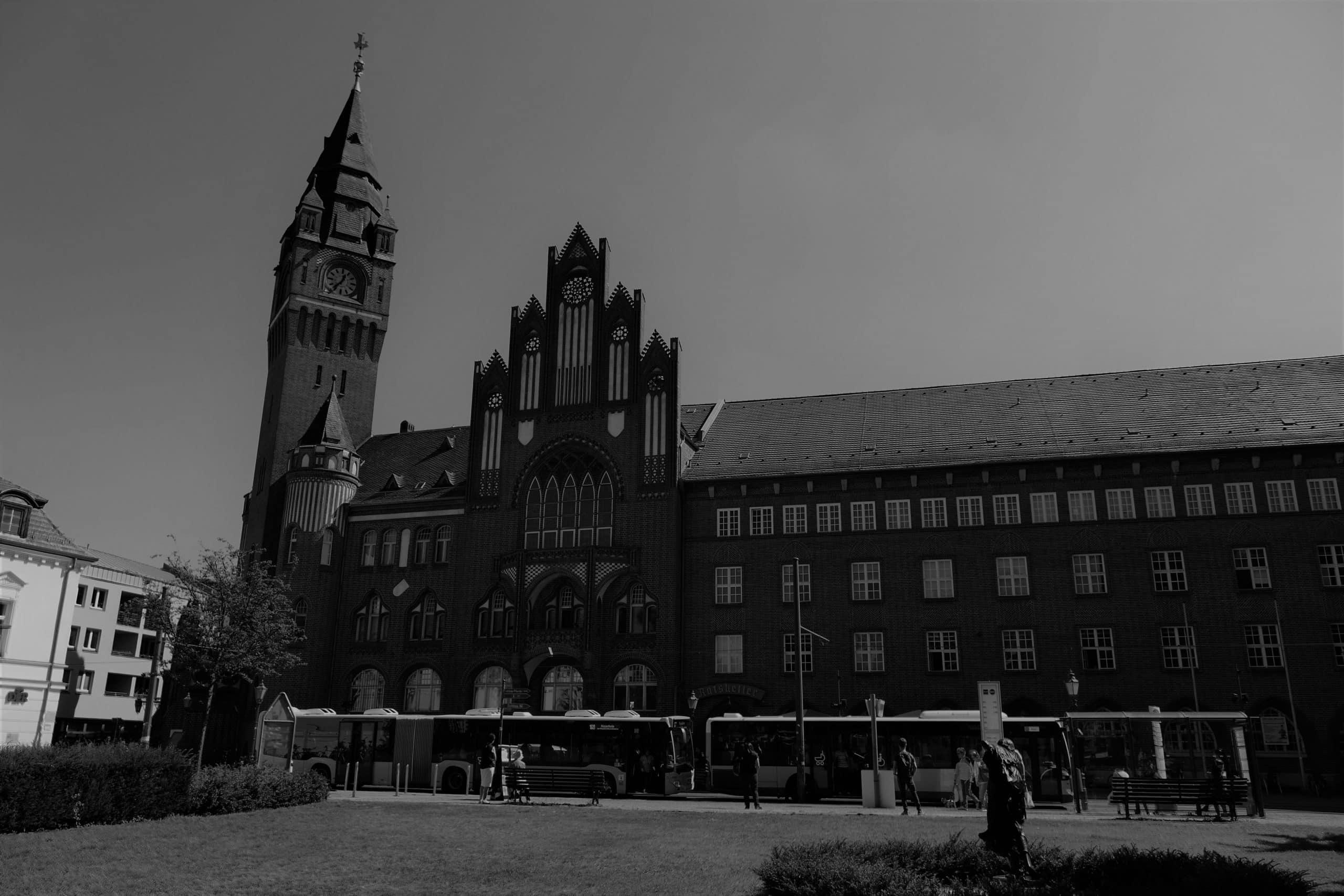 Rathaus Köpenick & Hauptmann von Köpenick 2